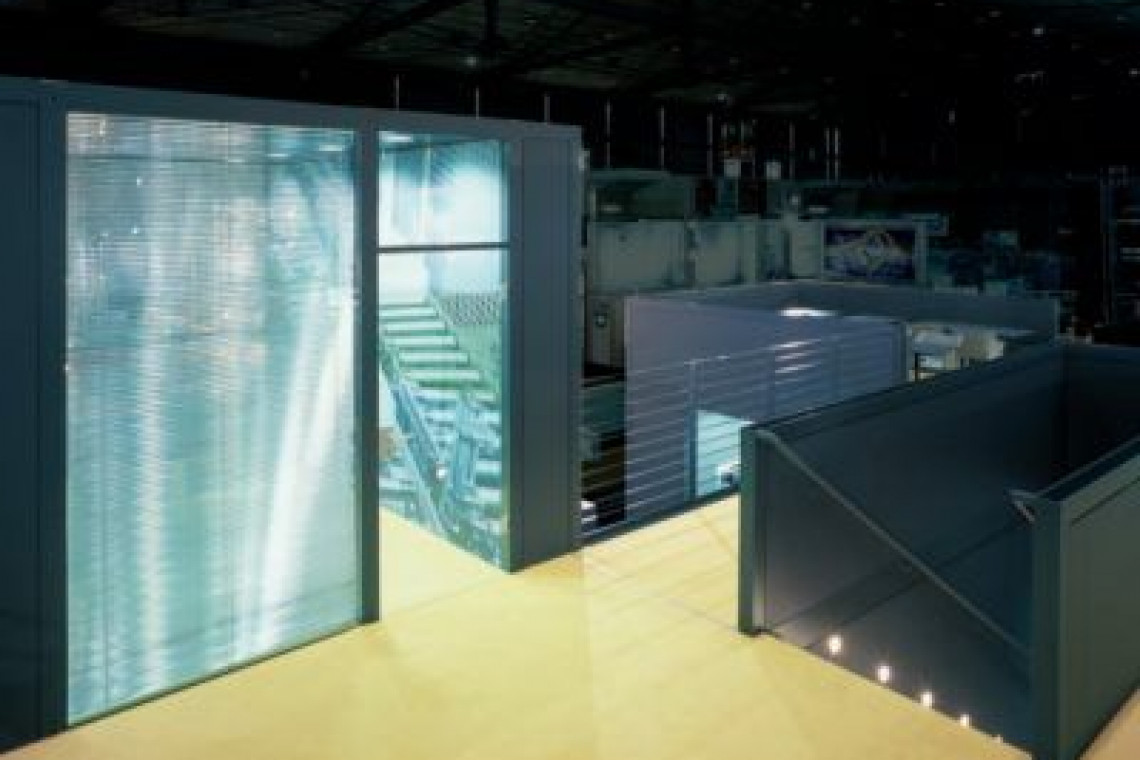 stand doble planta oficina